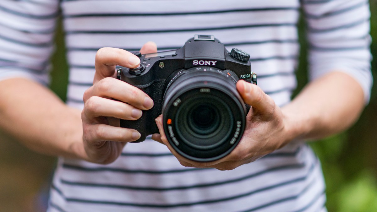 Best compact camera: Sony Cyber-shot RX10 IV