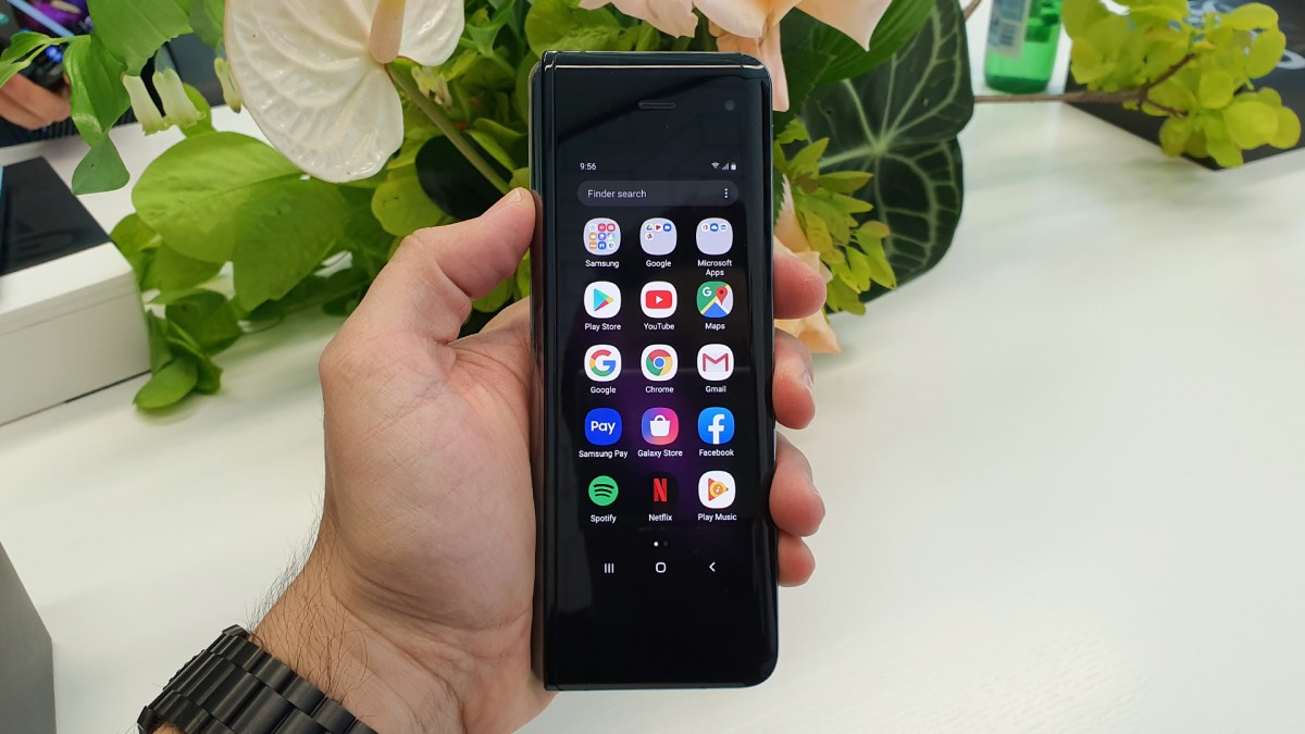 Hands on with Samsung's Galaxy Fold