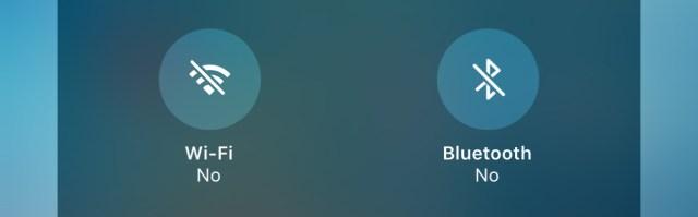 Botón de Wi-Fi y Bluetooth apagados
