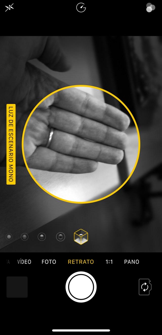 Modo iluminación de retrato en tiempo real, en un <stro data-recalc-dims=