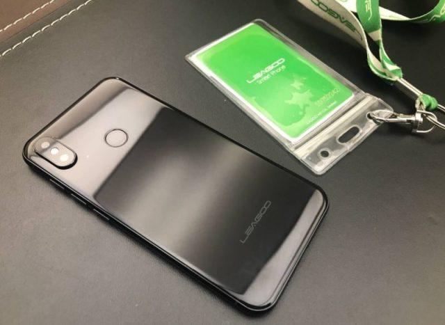 Leagoo S9 con sensor de huellas dactilares