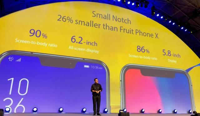 Asus presentando su nuevo smartmovil semejante al <stro data-recalc-dims=