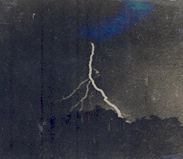 iPhotoChannel13-lightningphoto-2