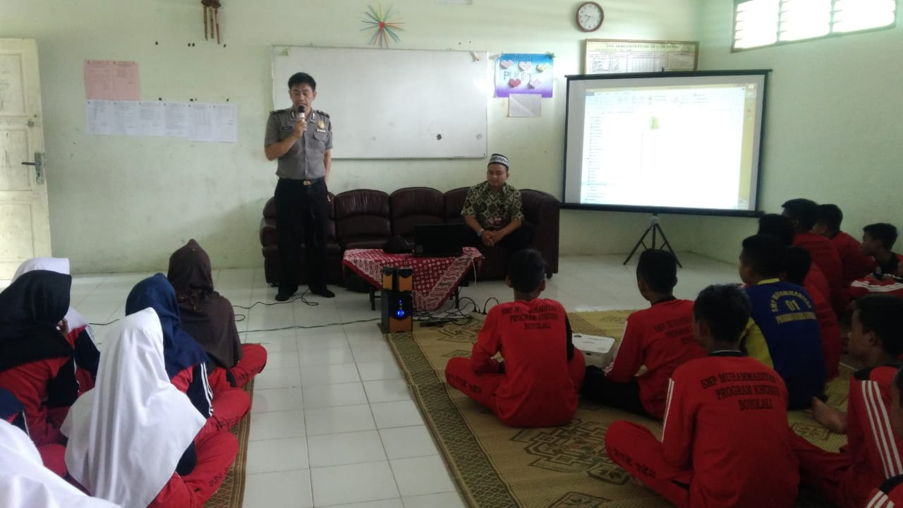 SMP Mutuboy Gandeng Polisi, Beri Solusi Hadapi Kenakalan Remaja