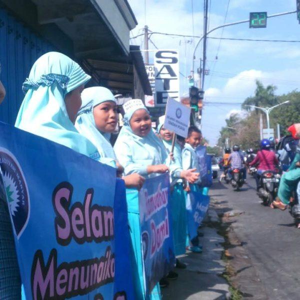 Sambut Ramadhan, Siswa SDMM Kampanyekan Pesan Damai