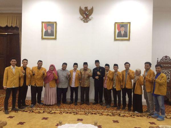 Terima Audiensi, Gubernur Jatim Janji Hadiri Muktamar XXI IPM