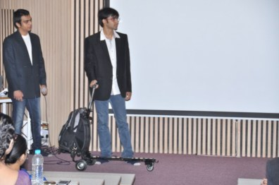 Foldable scooter with bag (2)