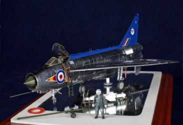 Scale ModelWorld 2010 Airfix Trophy - EE Lightning F2 by Damian Piekarczyk photo by Chris Ayre