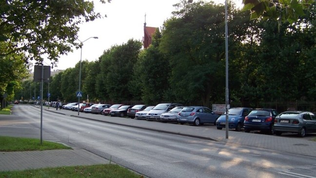 parking przy ul. Wyszyńskiego, Police