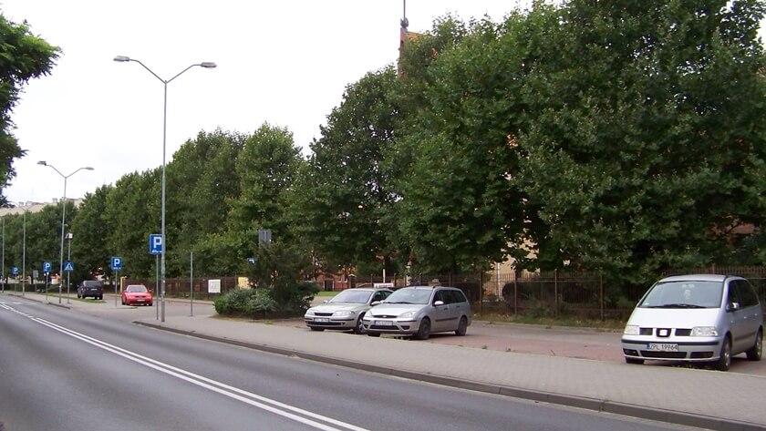 parking przy ul. Wyszyńskiego w Policach