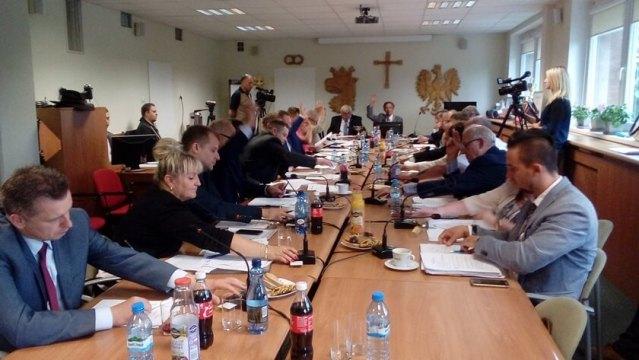 sesja rady miejskiej w Policach
