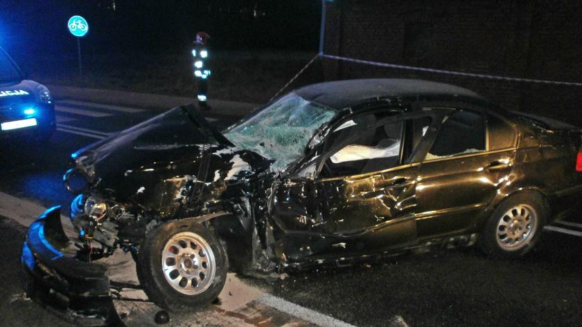 rozbity samochód w Trzeszczynie