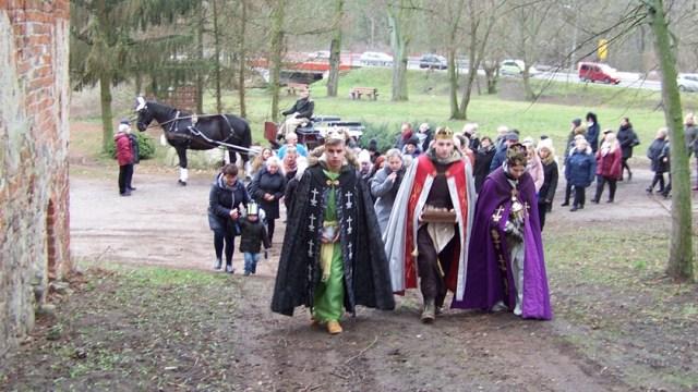 trzej królowie idą do stajenki