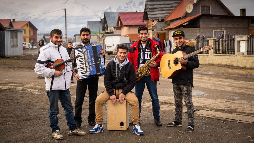 Gypsy band Lomnické Čháve.