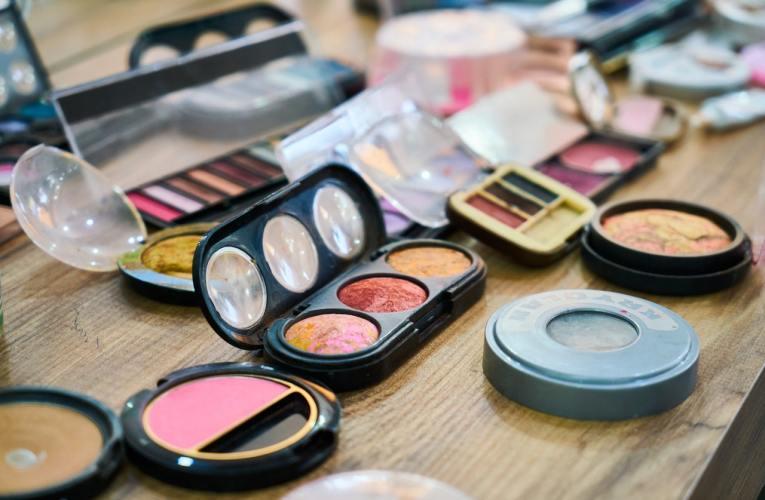 Kelebihan dan Kekurangan Private Label Kosmetik