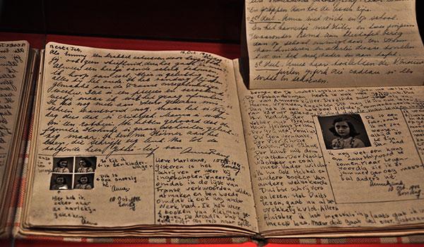 anne-frank-diary-amsterdam