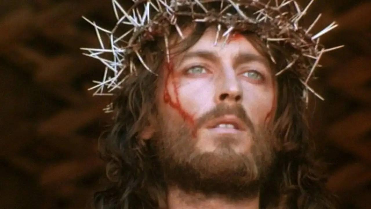 Gesù Cristo è l'unico Salvatore del mondo e la Chiesa è uno strumento di salvezza per tutta l'umanità