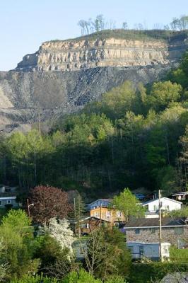 Mountaintop removal mining in Kentucky. (ILoveMountains.org/Flickr)