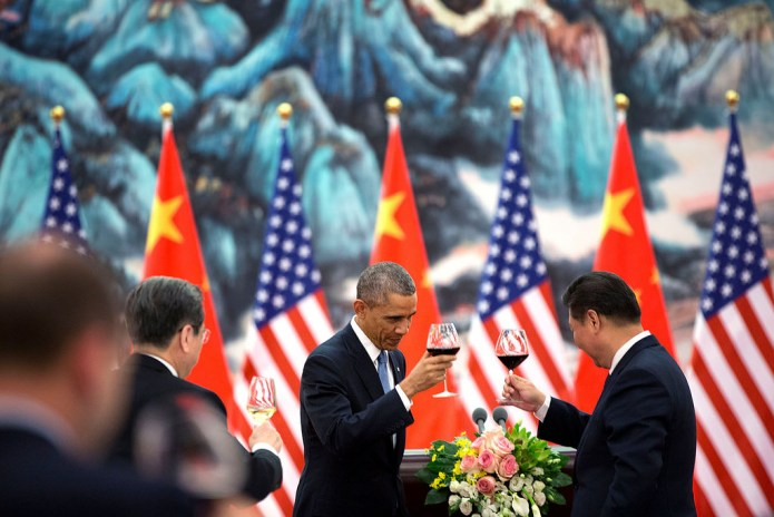 President Obama and Xi Jingping toast