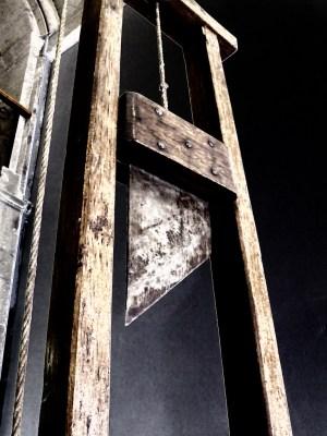 guillotine-redistribute-wealth