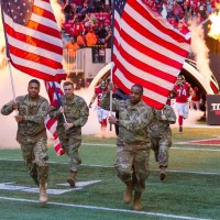 nfl-military-soldiers-football