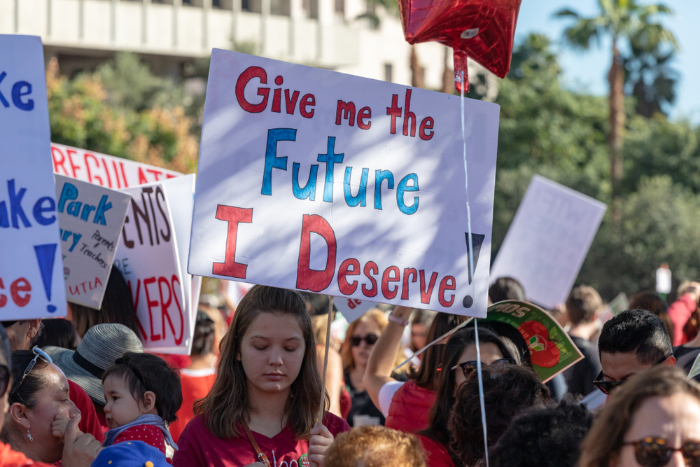 Teachers Urge Divestment from Private Prisons