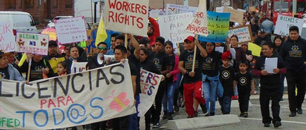 Undocumented Immigrants Fight for the Right to Drive