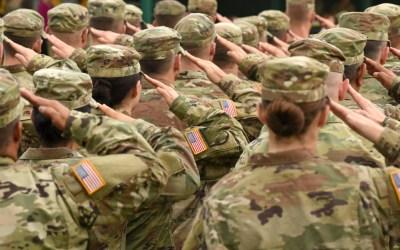 us-soldiers-salute-antiwar