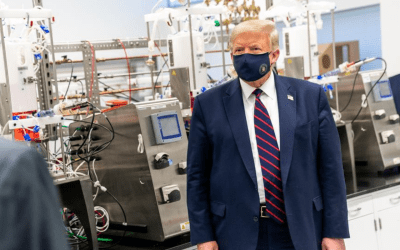 trump wearing a mask due to covid-19