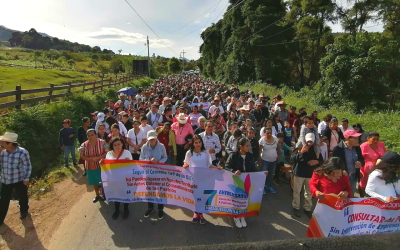 xinca people in guatemala protesting pan american silver mining company