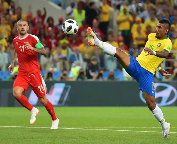 Paulinho (R) of Brazil scores the 1-0 lead against during the FIFA World Cup 2018 group E preliminary round soccer match between Serbia and Brazil in Moscow, Russia, 27 June 2018. EPA/Peter Powell