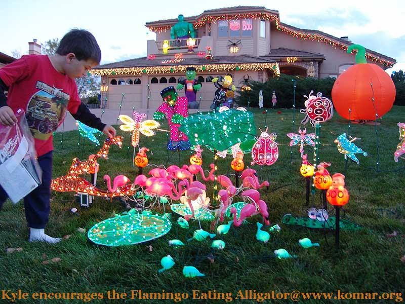halloween-flamingos