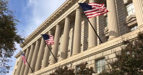 """日媒:辽宁舰向美日展示远洋作战能力 而不仅仅是""""路过"""""""