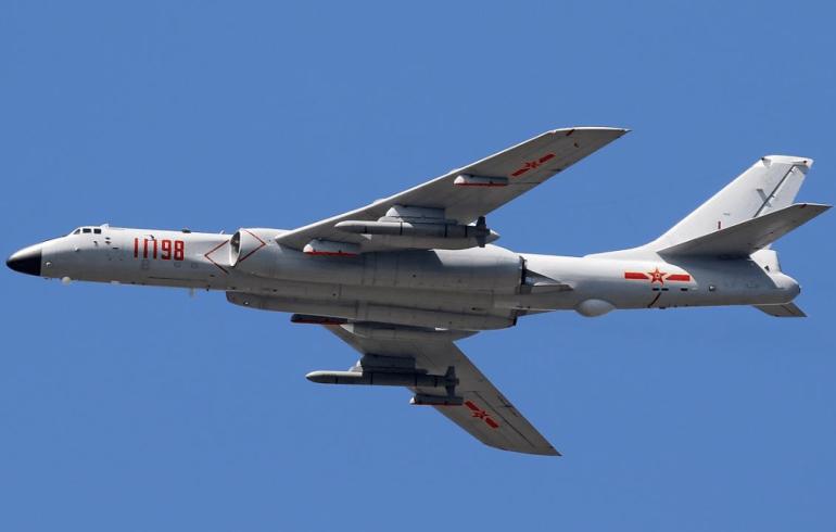 中国造舰能力巨幅提升,32艘战舰加2艘航母,一年打造13艘盾舰