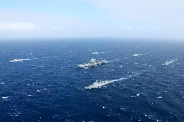美军P8A逼近台岛,解放军战机果断出动,无线电喊话:接近领空立即离开,否则拦截