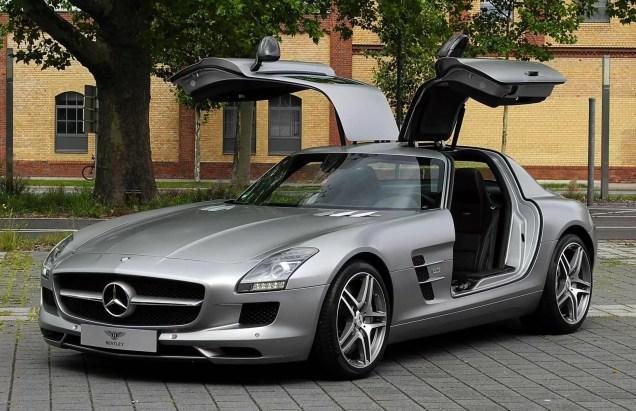 Mercedes-Benz_SLS_AMG