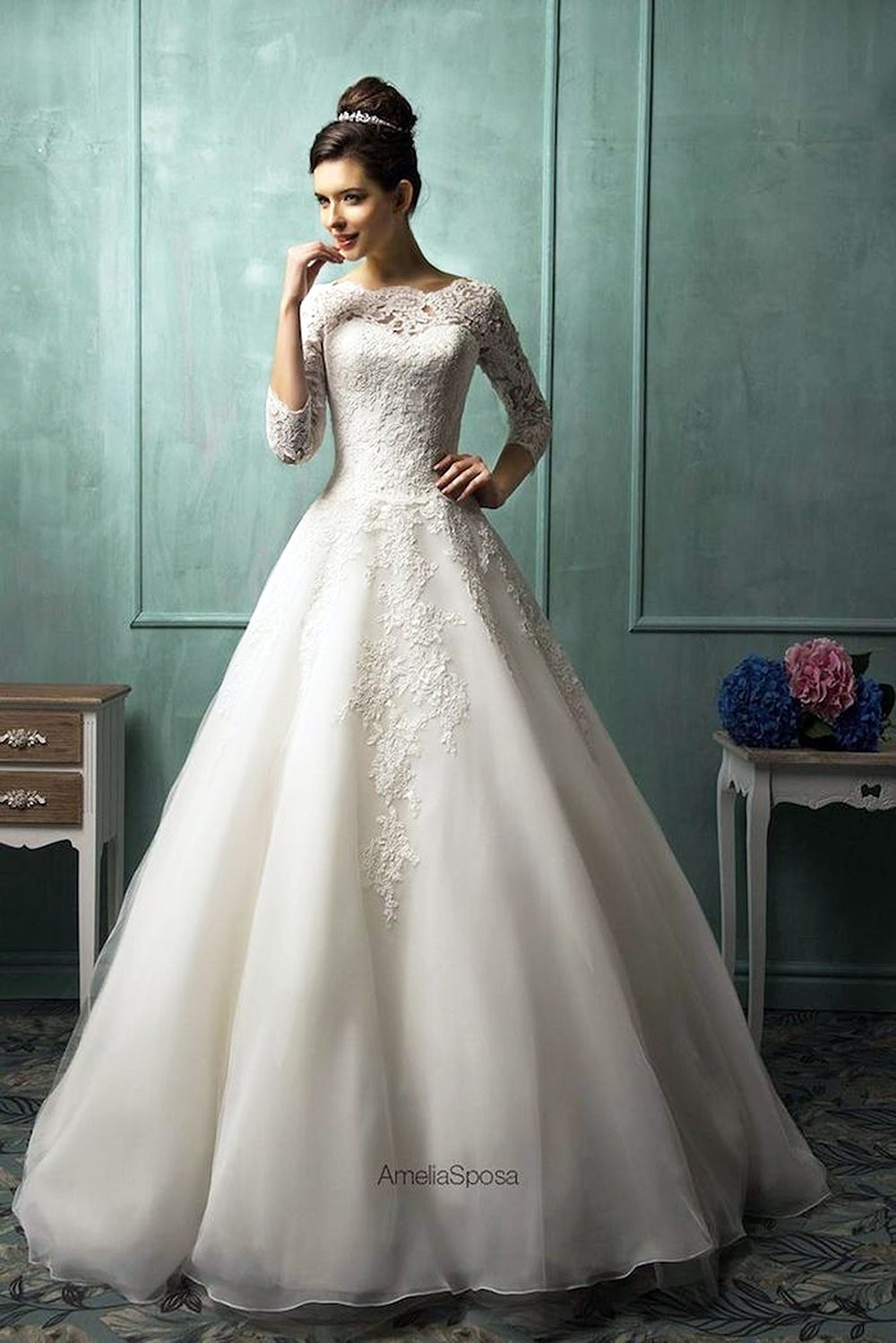 Bride's Dresses