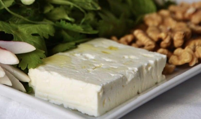 Panir – iranischer Käse mit Thymian
