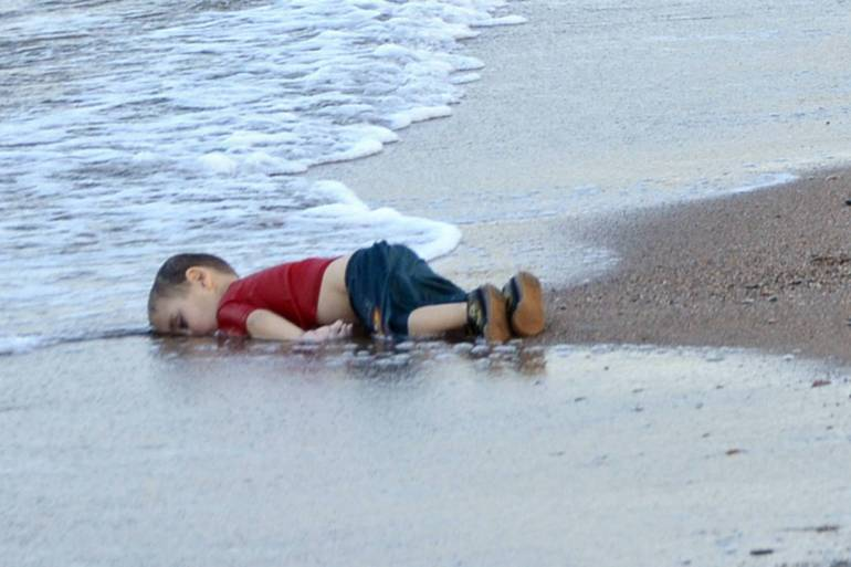 Horrifying images of a three-year-old Syrian refugee boy washed up on a beach
