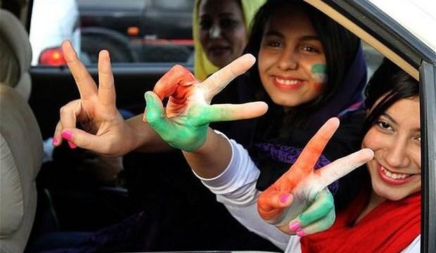 iran_women_footbal_2955334b