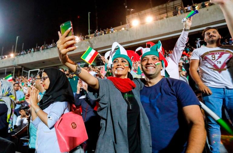 Image: FBL-WC-2018-IRI-ESP-IRAN-WOMEN