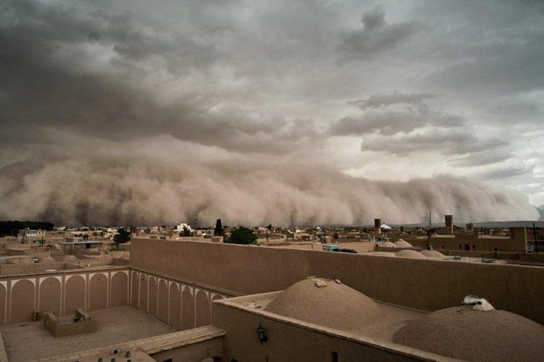 20180417-iran-sandstorm-rtr