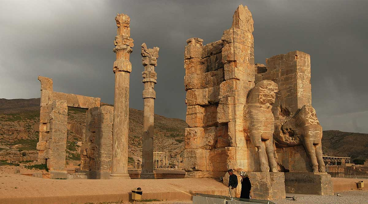 Italian Archaeologists To Partially Restore Persepolis The Iranian