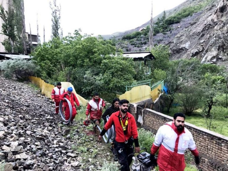 red-crescent-iran-flood-rescues-tehran-may-2018-1024x768