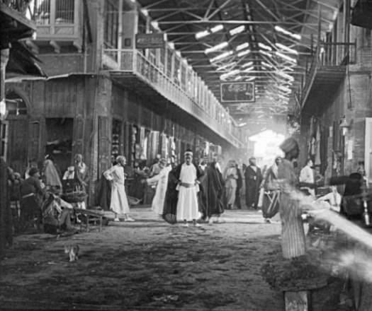 من داخل سوق الأستربادي الكاظمية