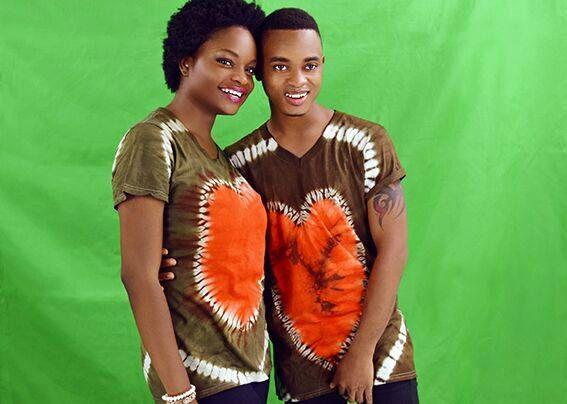 Queen Fumi et Franck Armel, deux étoiles montantes de la chanson au Bénin qui posent pour Roar