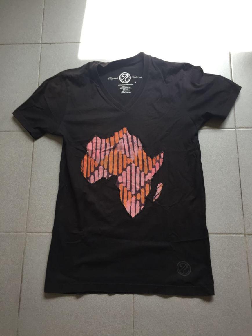 The first afroshirt