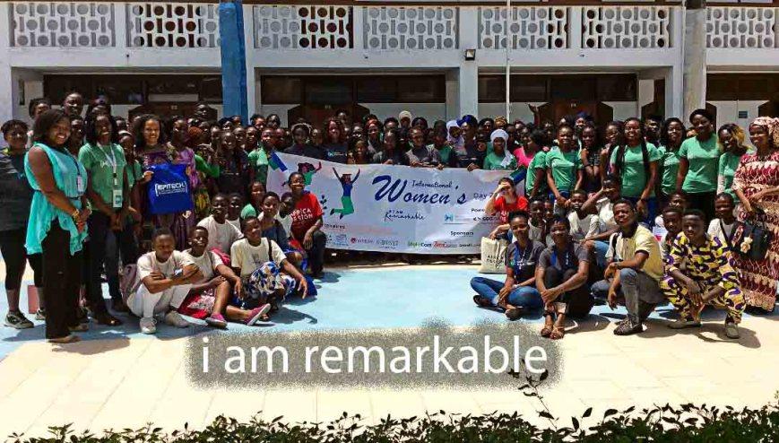 Women's-International-Day-Irawotalents-Photo-de-famille