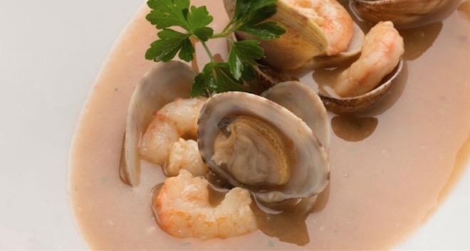 Sopa de pescado con marisco