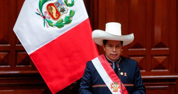 O parto difícil da renovação política: o caso do Peru